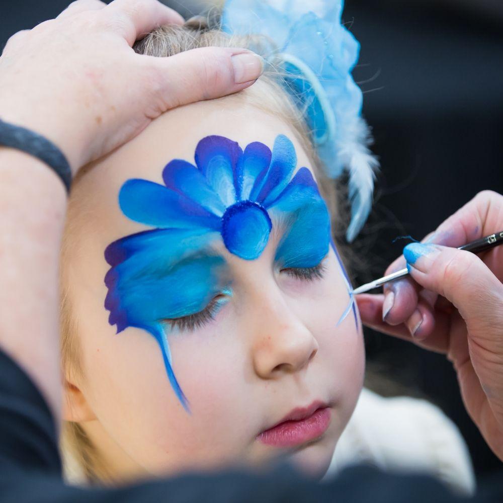 Messeauftritt - kinderschminken - firmen_veranstaltung - kinderbetreuung
