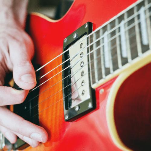 Gitarre - band - rockband - spassknoepfe -event - konzert